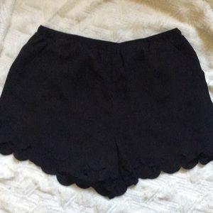 LC Lauren Conrad Black scallop edge shorts sz m